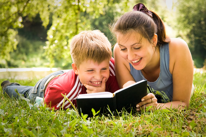how to teach an autistic child to read